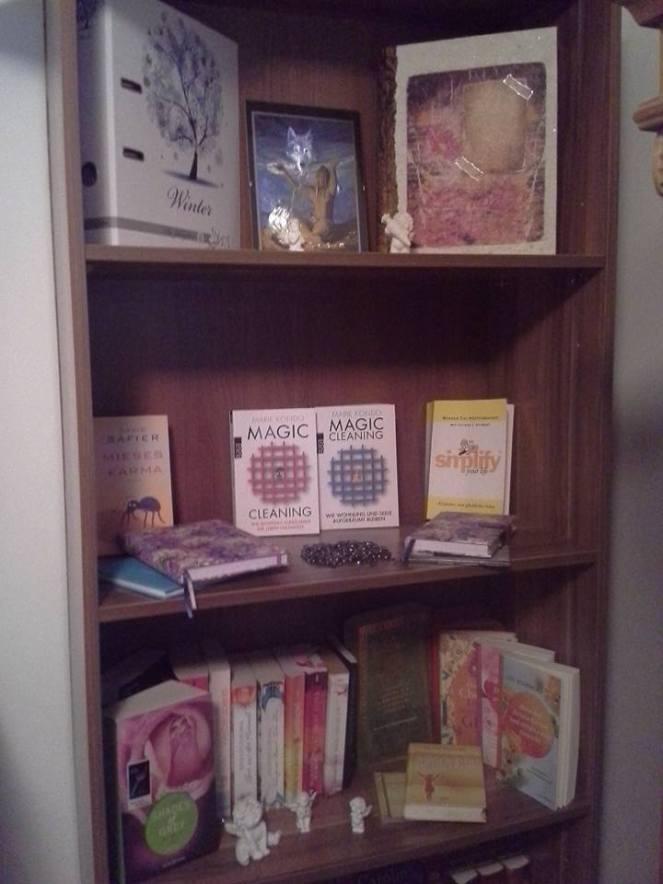 books-staying-2