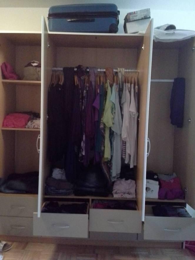 clothes-wardrobe-4